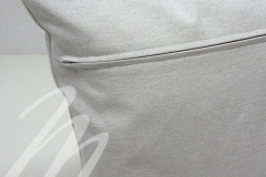 Rückenansicht mit Reißverschluß